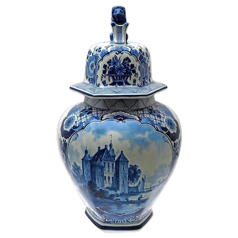 Antique Delft Jar, Stunning Example of Delftware, 19th Century