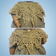 Antique Cape in cotton hand made with crochet for doll 1900