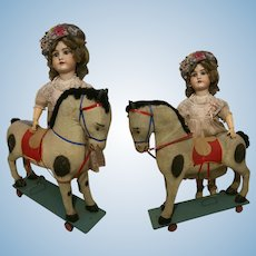 1940 Vintage Pull Toy Horse in papier mache on Wheels