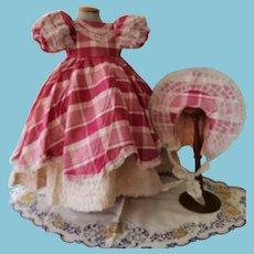 Vintage Dress with cap 1930/40