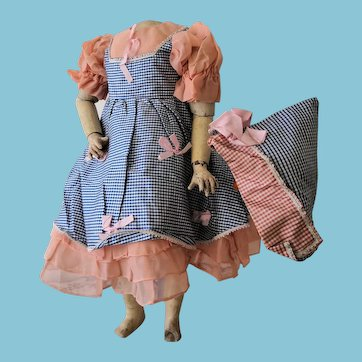Vintage Dress with cap 1930/40 for dolls