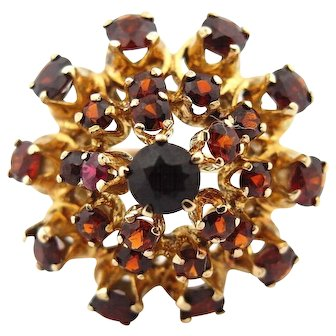 Vintage Garnet Cluster Dome Ring in 14k Yellow Gold size 8.5  AS IS