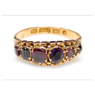 Antique Victorian 15K Gold Amethyst, Garnet and Emerald Ring