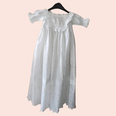 Antique English Baby Christening/Baptismal Gown, or Dolls Dress, Circa 1890-1910