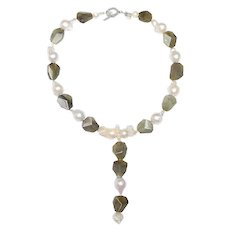 Fashionable Necklace of Pearls & Labradorite Takes You Anywhere