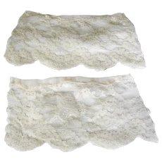 .Pair of Edwardian White Lace Cuffs
