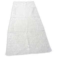 Elegant, Vintage Edwardian Embroidered Table Runner
