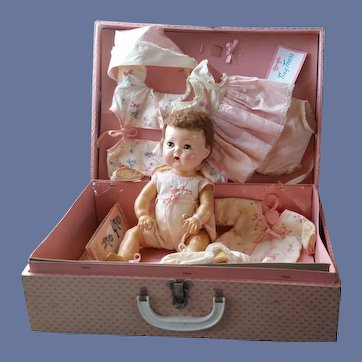 American Character Tiny Tears Baby in Presentation Carrying Case Museum Quality
