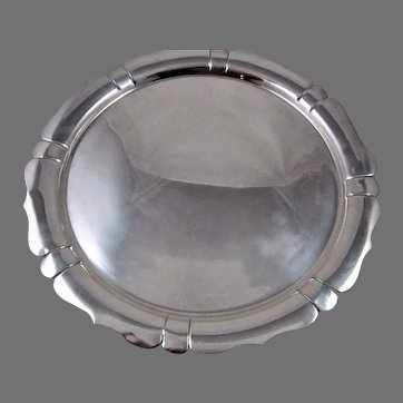 Round American 20th Century Sterling Silver Tray