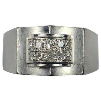 French Modernist Diamond Platinum Ring circa 1935