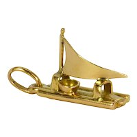 18K Yellow Gold Raft Charm Pendant