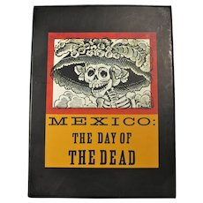"""Vintage Shambhala Book Box Set """"Mexico: The Day of the Dead"""""""