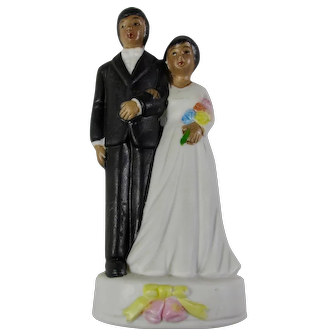 Vintage Wedding Cake Topper With Dark-Skinned Couple