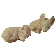 Mid-Century Little Chalkware Pigs Set of 2