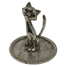Blue-Eyed Silver Cat Ring Holder