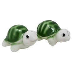 Climbing Turtles Salt & Pepper Shakers From Jamaica