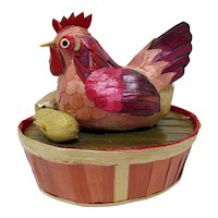 Lacquered Bamboo Trinket Box With Hen & Chicks