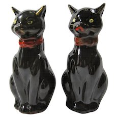 Vintage Porcelain Black Cat Salt & Pepper Shakers