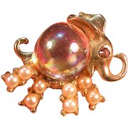 Vintage rare elephant jelly belly pin simulated  pearls aurora borealis body rhinestone eye bright goldtone.