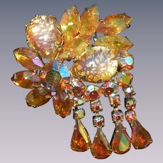 Vintage rhinestone Juliana  DeLizza & Elster layered and dimensional large topaz catseye glass cabochon brooch waterfall dangle design