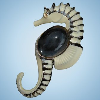Vintage Jelly-belly brooch large sea horse figural with enameling