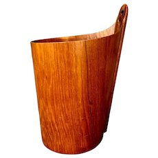 Teak Wastepaper Basket by Einar Barnes for P. S. Heggen, Norway, 1950s