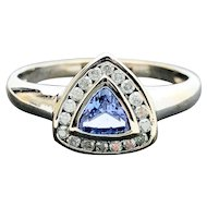 14k White Gold Tanzanite and Diamond Cluster Ring