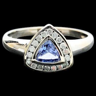 14k White Gold Tanzanite and Diamond Cluster Ring