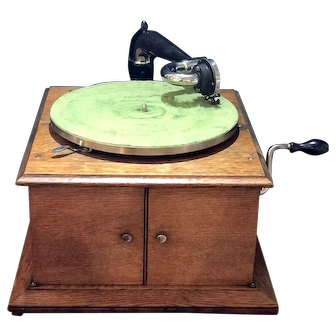 Antique Circa 1900 Victor Talking Machine Berliner (Montreal)Gram-O-Phone Co