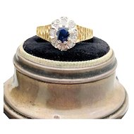 $1850 18k Yellow Gold Blue Sapphire and Diamond Ring w/ appraisal