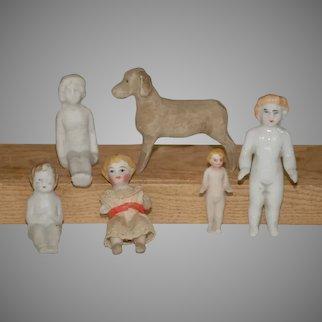 6 x antique dollhouse accessories * dog & porcelain dolls * German at 1860/1880