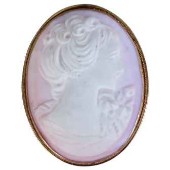 White on pink conch shell cameo in 14K pink gold pin pendant