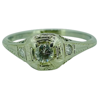 1920's 18K white gold diamond ring