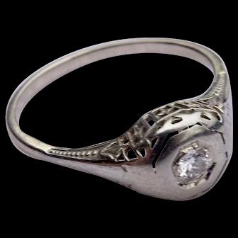 1920's diamond in 14K  white gold filigree Art Deco ring