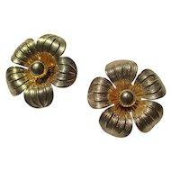 Vintage 14K Gold Large Daisy Earrings ~ Retro