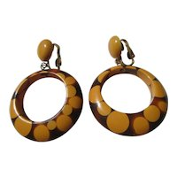 Vintage 1940's Random Dot Bakelite Hoop Earrings