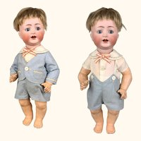 Simon and Halbig bent limb bisque toddler