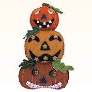 Vintage 1990's Halloween felt and appliqué ornament