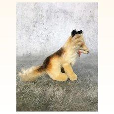 Steiff's smallest sitting collie