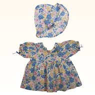 Vintage adorable flowered print dress for composition doll