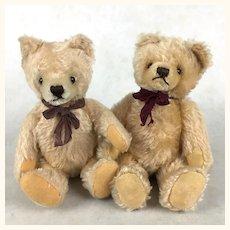 Pair of child-safe mohair teddy bears