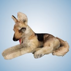 "Vintage Steiff German Shepherd, ""Arco"" in medium size"