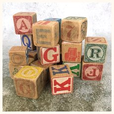 Mixed lot of old wooden alphabet blocks