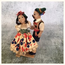 Vintage 1940's cloth Folk Art  International dolls, Italian dancing couple