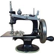 Antique Miniature Singer Sewing machine in original box