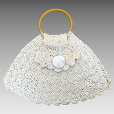 Vintage crocheted purse with bakelite handle
