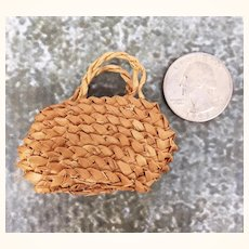 Vintage miniature doll's purse, super petite and fabulous
