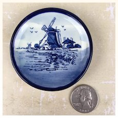 Miniature Delft porcelain plate with classic Dutch image