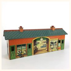 Hornby Meccano O Scale Lithographed train station in superb condition