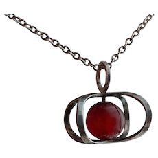 Vintage Modernist Kupittaan Kulta 925 Sterling Silver With Carnelian Pendant Necklace